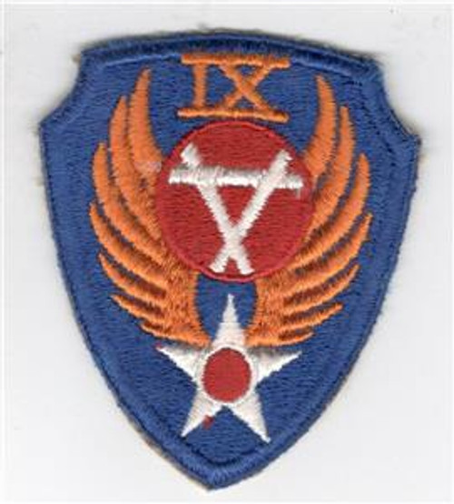 Rare Red Center WW 2 US Army Air Force 9th Engineer Command Patch Inv# Y860