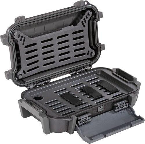Pelican Pelican Ruck Case Large R40 - W/divider Blk Id 7.6x4.7x1.9