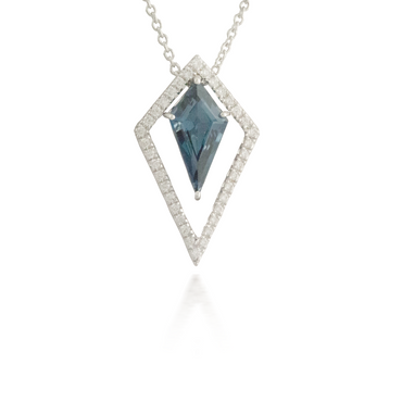 Blue Topaz White Gold Pendant 2
