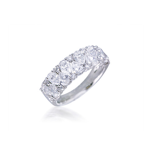 Pear and Round Diamond Band