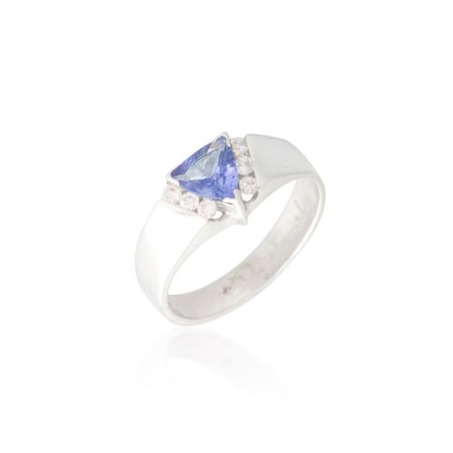 Tanzanite and Diamond Ring 2