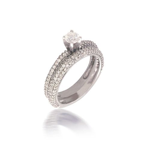 Diamond Pave Solitare Bridal Set