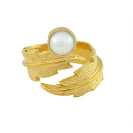 LeiVanKash Gold Feather White Pearl Midi Ring
