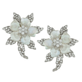 Siman Tu Ornate Pearl Flower Earrings