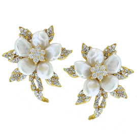 Siman Tu Ornate Gold Pearl Flower Earrings