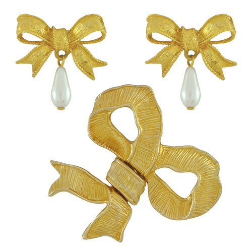 Vintage Gold Magnetic Bow Brooch and Earrings Set