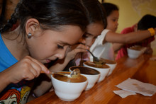 Educational cupping for youngsters at COMSA in Honduras