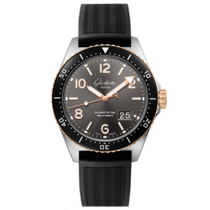 New Glashütte Original Seaq Panorama Date Black Dial on Rubber Pin Buckle Strap Steel & Gold