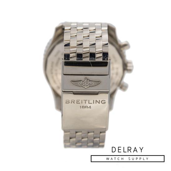 Breitling Navitimer World White Dial *ON SPECIAL*