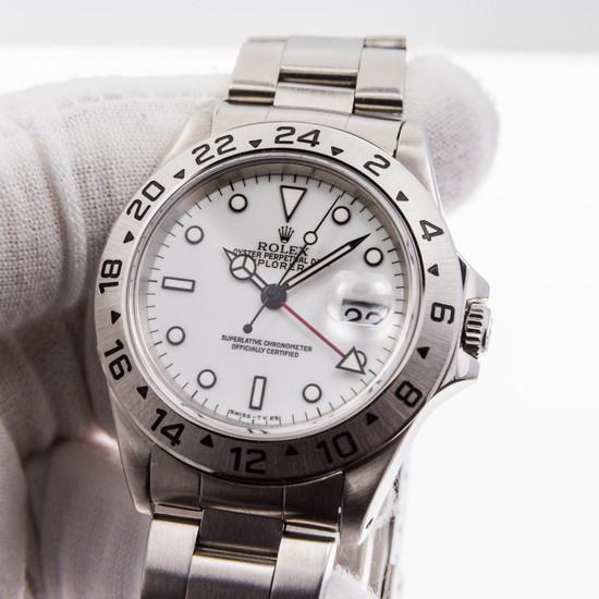 Rolex Explorer II 16570 *Polar*