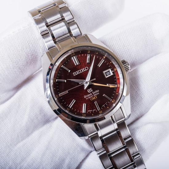 Grand Seiko Hi-Beat GMT 135th Anniversary SBGJ021 *Limited Edition*
