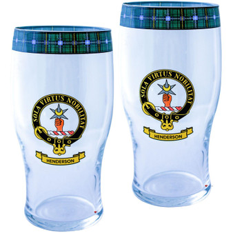 Henderson Clan Traditional Scottish Pint Beer Glasses Pair Tartan Band and Crest