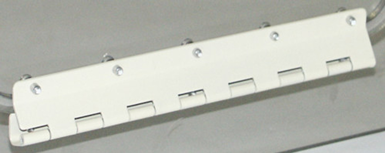 Piper Style Hinge
