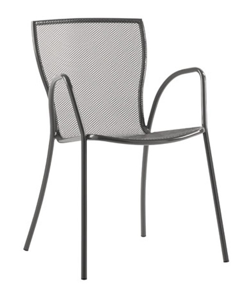 Comfortable quick-dry wire mesh stays clean.