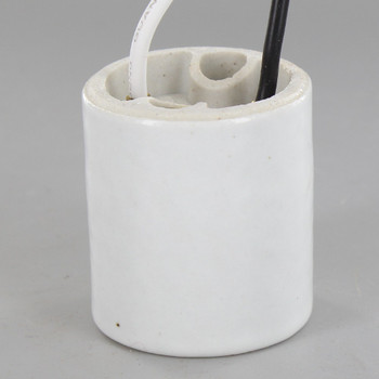 Leviton E-26 Medium Base Pre-wired Lamp Socket with 9in Long 18-AWM Wire Leads