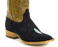 This Is the Right Way to Clean Stingray Boots