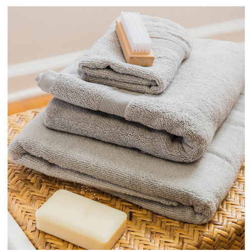 Monogrammed Bath Towel Set