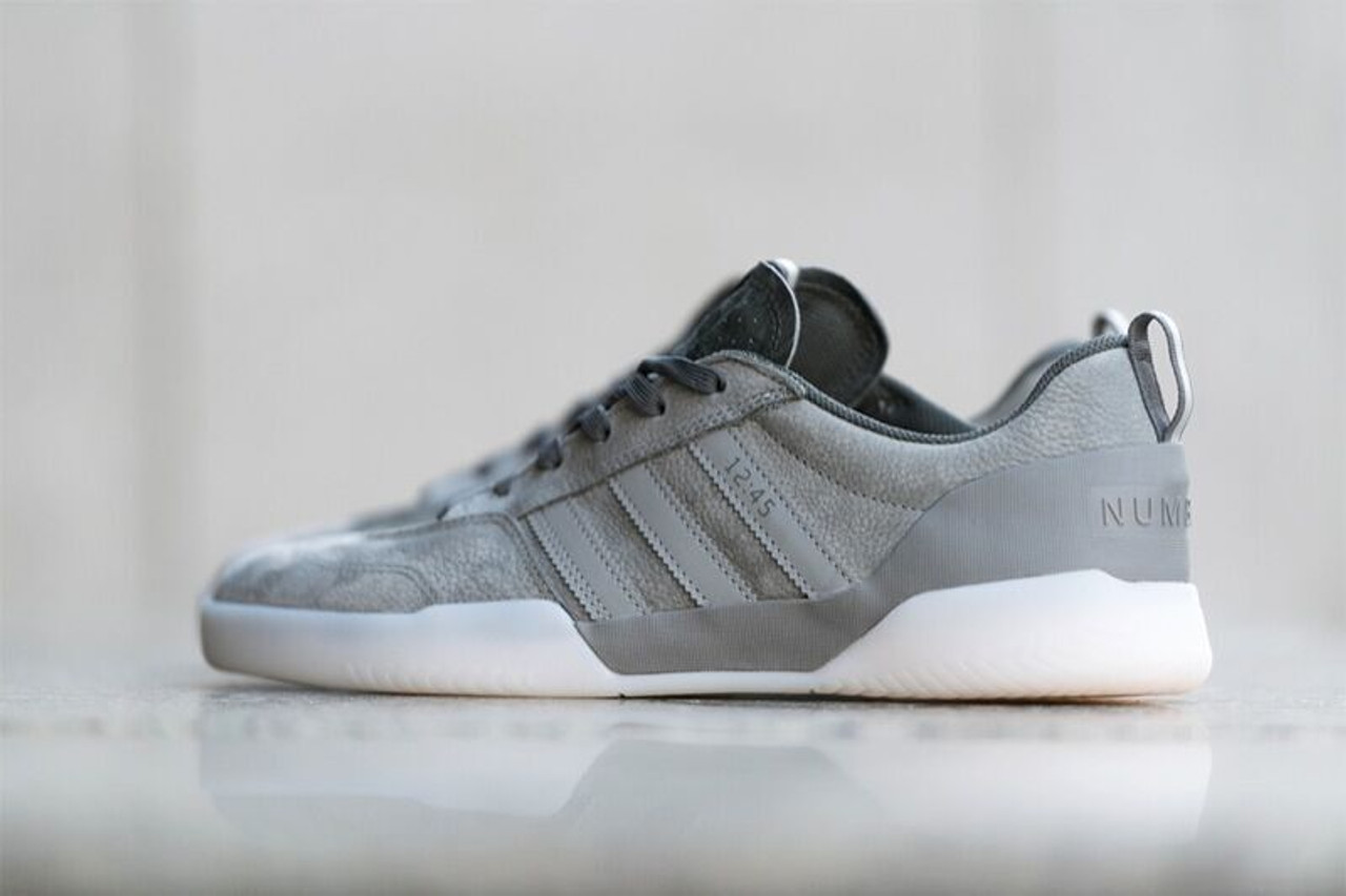 Adidas Numbers City Cup Limited Shoes