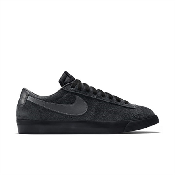 Nike Sb Blazer Low Grant Taylor Skate Shoes All Black Suede ... a3863f5de111
