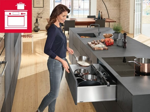 Easy Access Cooking Kitchen Design