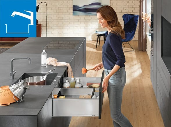 Easy Access Cleaning Kitchen Design
