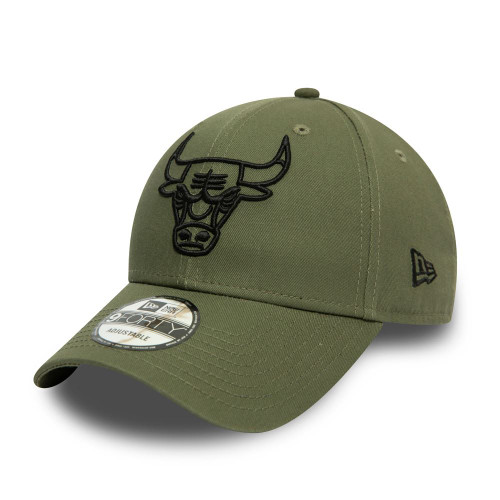 New Era Essential Outline 9Forty Cap ~ Chicago Bulls olive