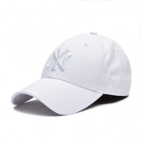 New Era Women's League Essential 9Forty Cap ~ New York Yankees white