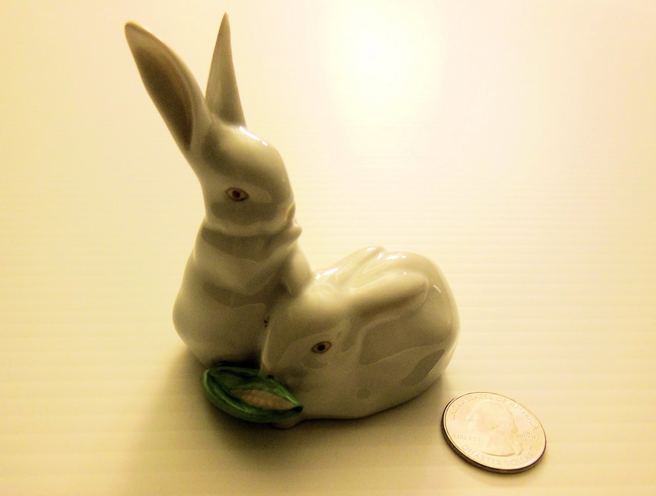 HEREND HUNGARY PAIR OF BUNNIE ON WHITE BASE