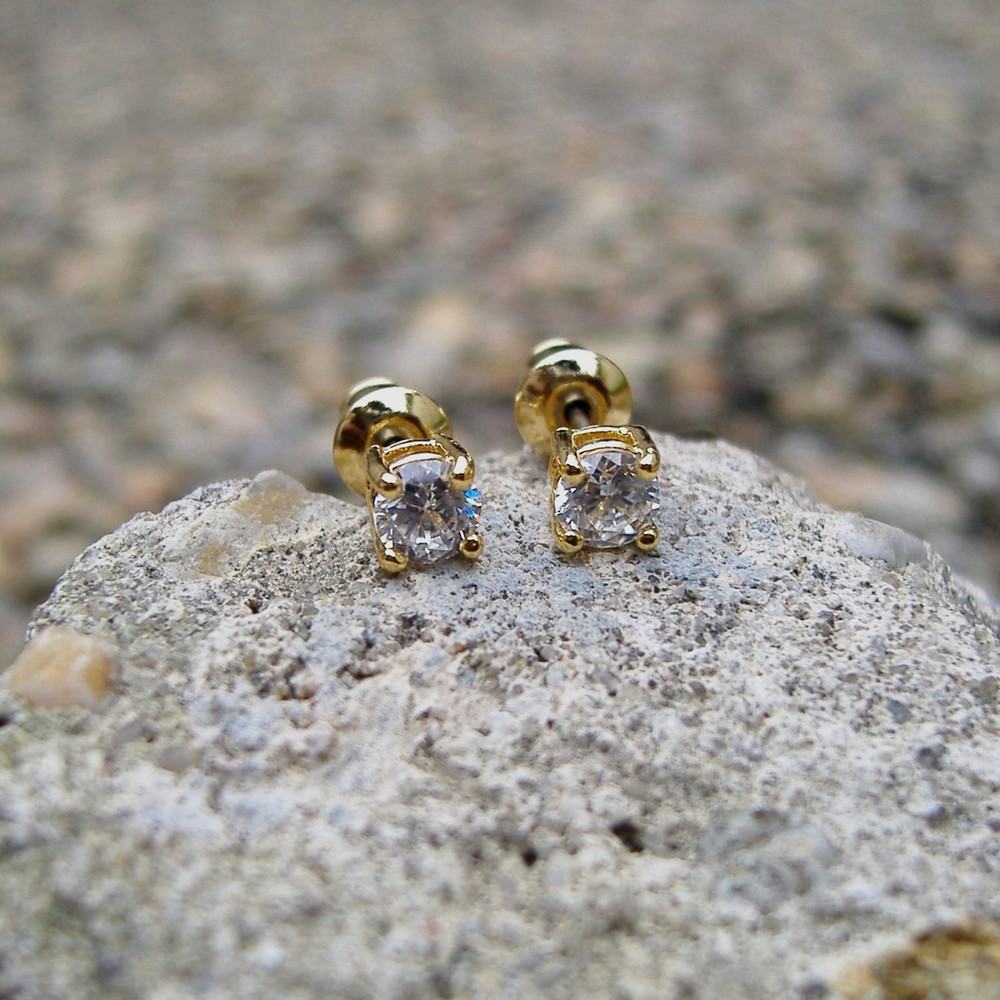 Diamond 4 Prong Earrings