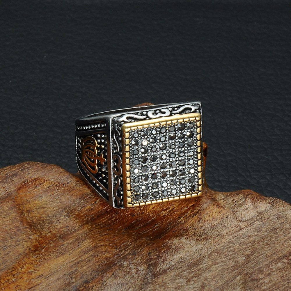 Men's Crown Pattern Vintage Signet Square Titanium Stainless Steel Simulated Diamond Ring