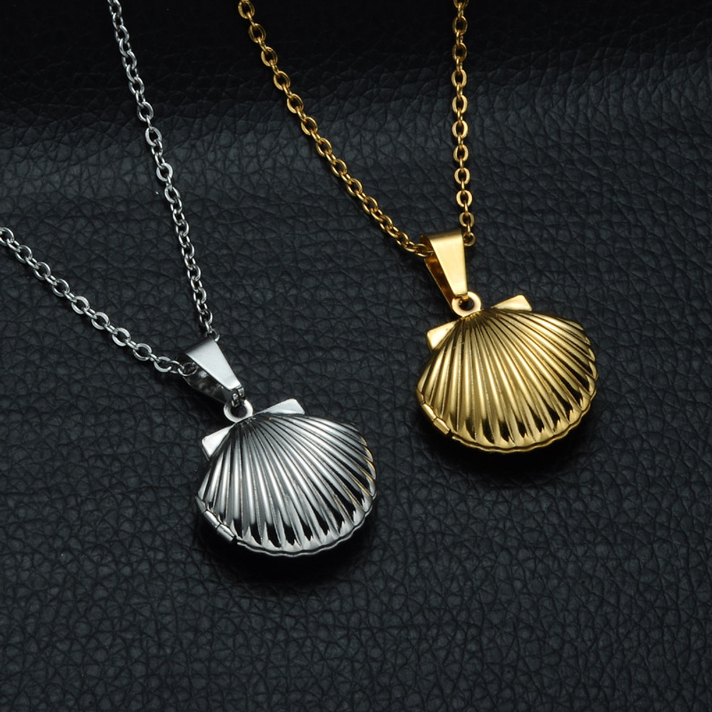 Stainless Steel Sea Shell Opens Locket