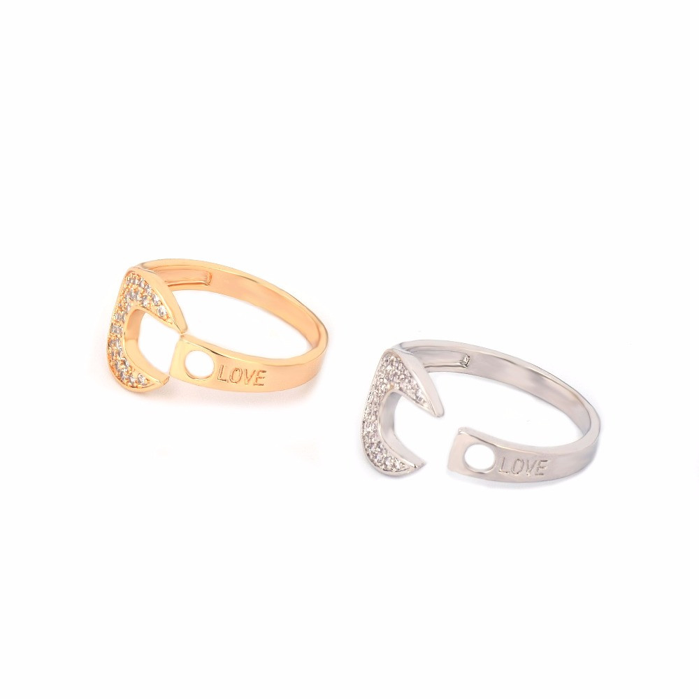 Gold Silver Round Open Lab Diamond TIGHT LOVE Logo Iced Out Fashion Ring