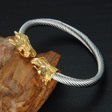 Double Dragon Heads 14k Gold Stainless Steel Adjustable Wire Bracelet