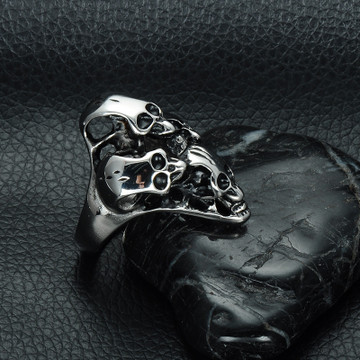 Heavy Metal Four Skull Never Fade Titanium Stainless Steel Ring