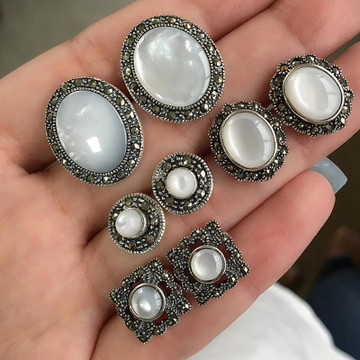 Ladies 8 Piece Boho Retro Look Gem Round Opal Silver Earrings Set