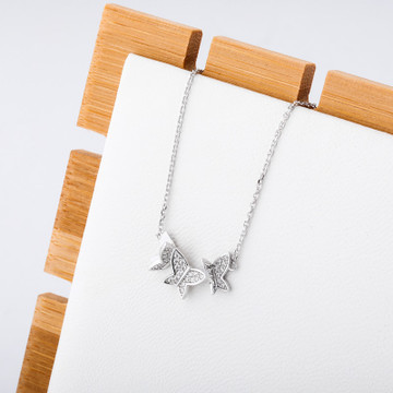 Ladies 925 Sterling Silver Butterfly 3D Flying Butterfly Pendant Chain Necklace