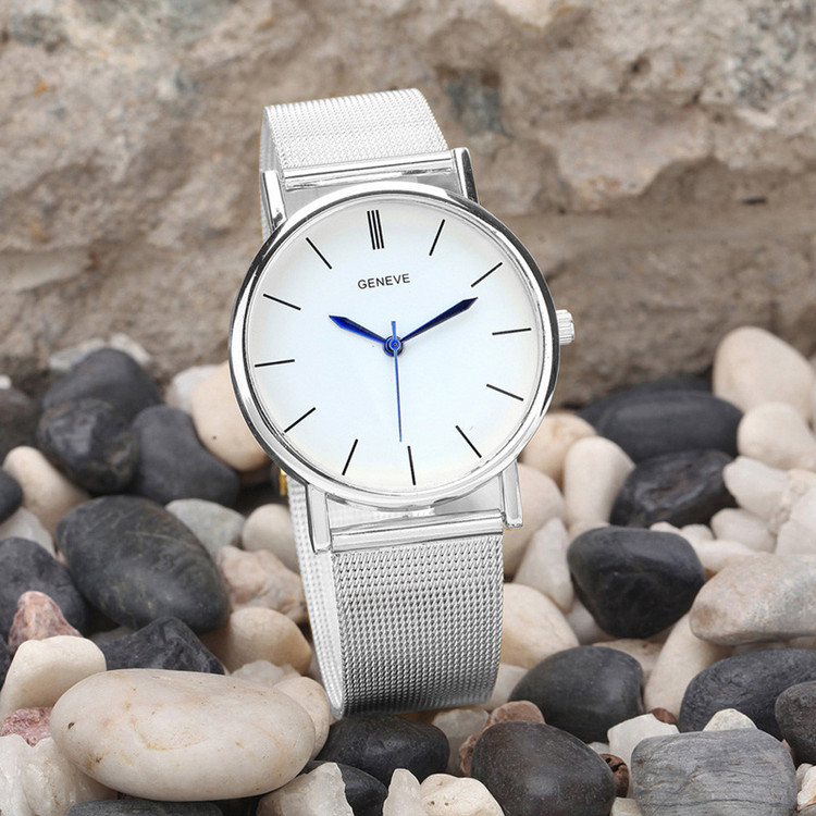 Sleek Simple Sexy Casual Wristwatch