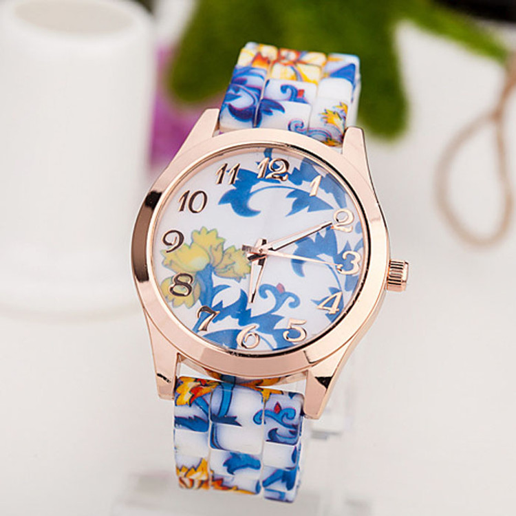 Ladies Retro Fashion Silicone Printed Flower Causal Wrist Watch