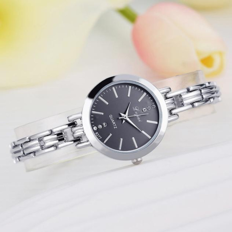 Simple Hot Temperament Silver Classic Ladies Quartz Watch Stainless Steel