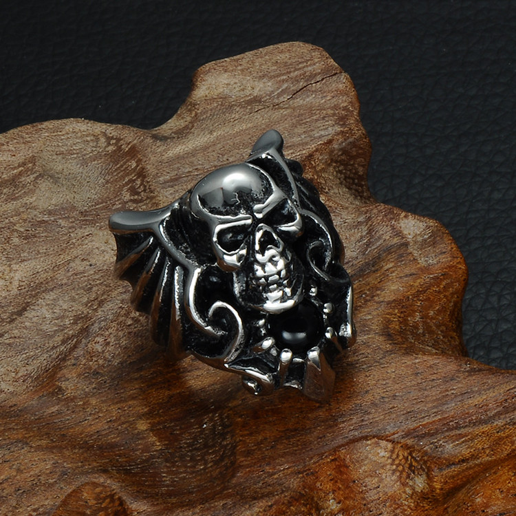 Stainless Steel Unique Forged Skeleton Skull Ring