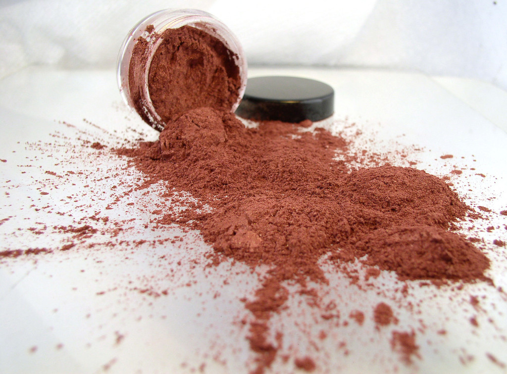 Vegan Mineral Eyeshadow - Rose Gold