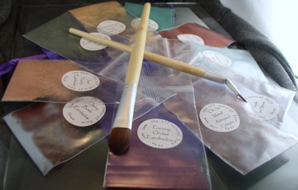 Large Vegan Bamboo Bent Ferrule Tip Eyeliner Brush Chisel Fluff Eyeshadow/Concealer Brush