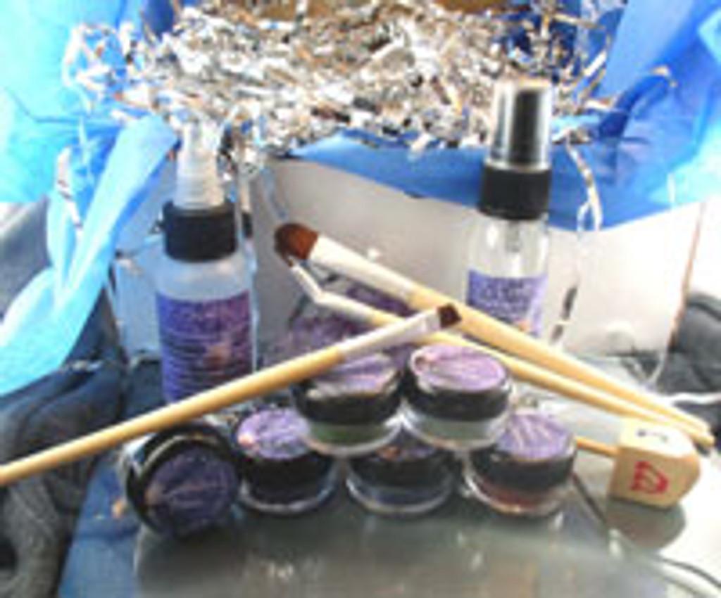 Vegan Hanukkah Gift Box Deluxe Shadow Kit AND Wooden Dreidel