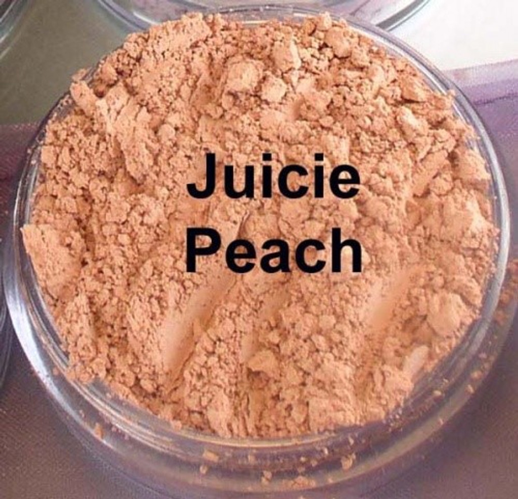 Vegan Matte Blush in Juicy Peach