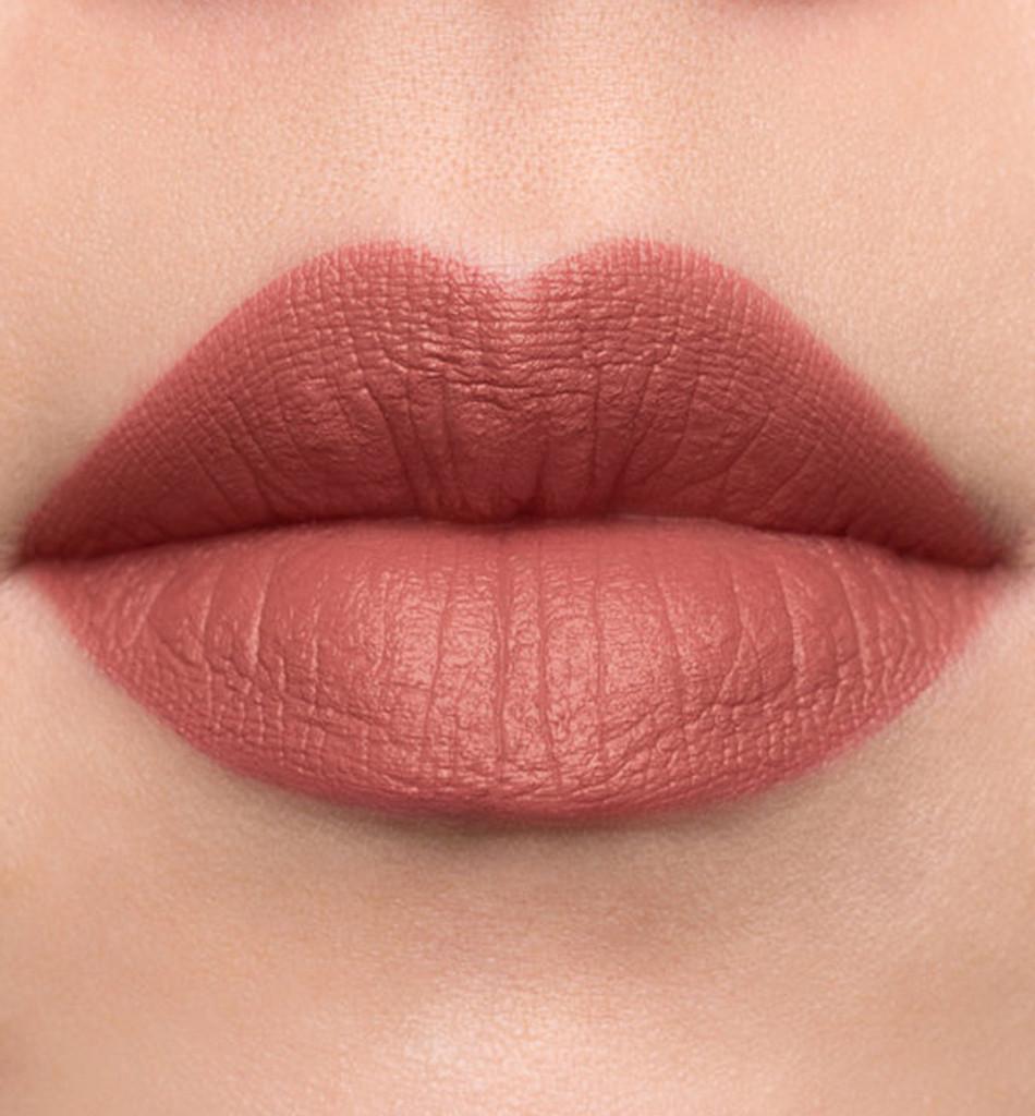 Vegan Lipstick in Naked Pink
