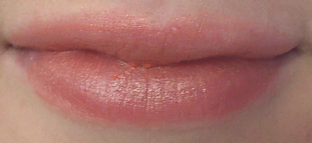 Vegan Just Kissed Tinted Lip Balm in Coral