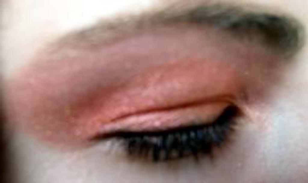Pressed Vegan Mineral Eyeshadow - Coral