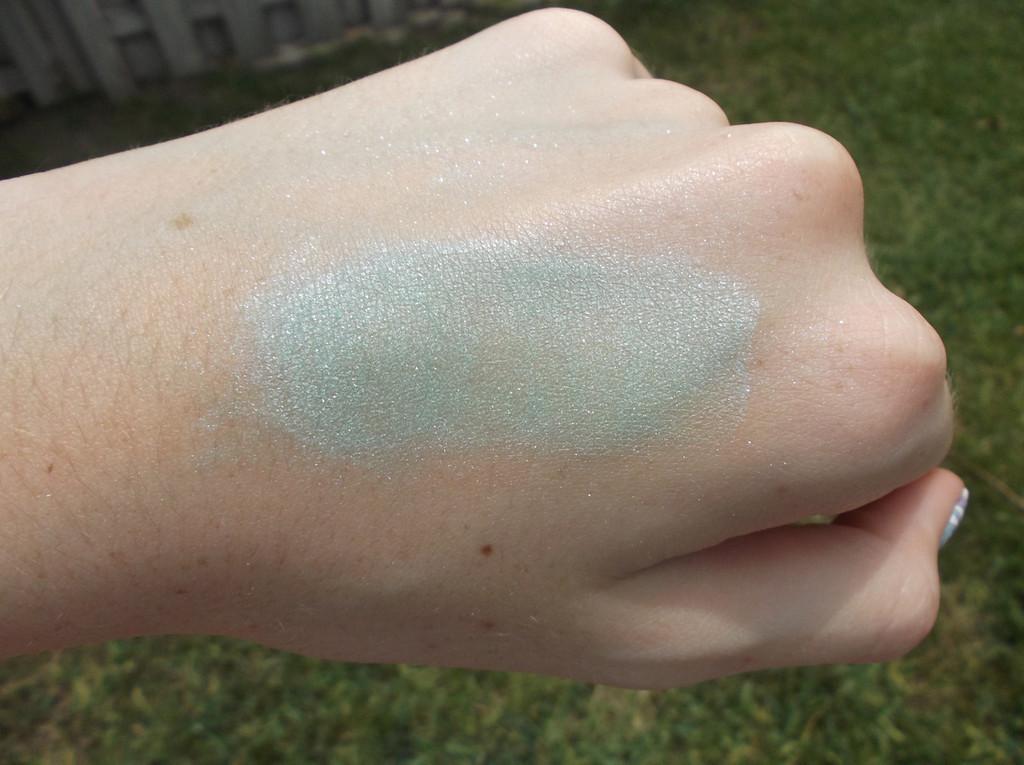 Pressed Vegan Mineral Eyeshadow - Mermaid's Tail