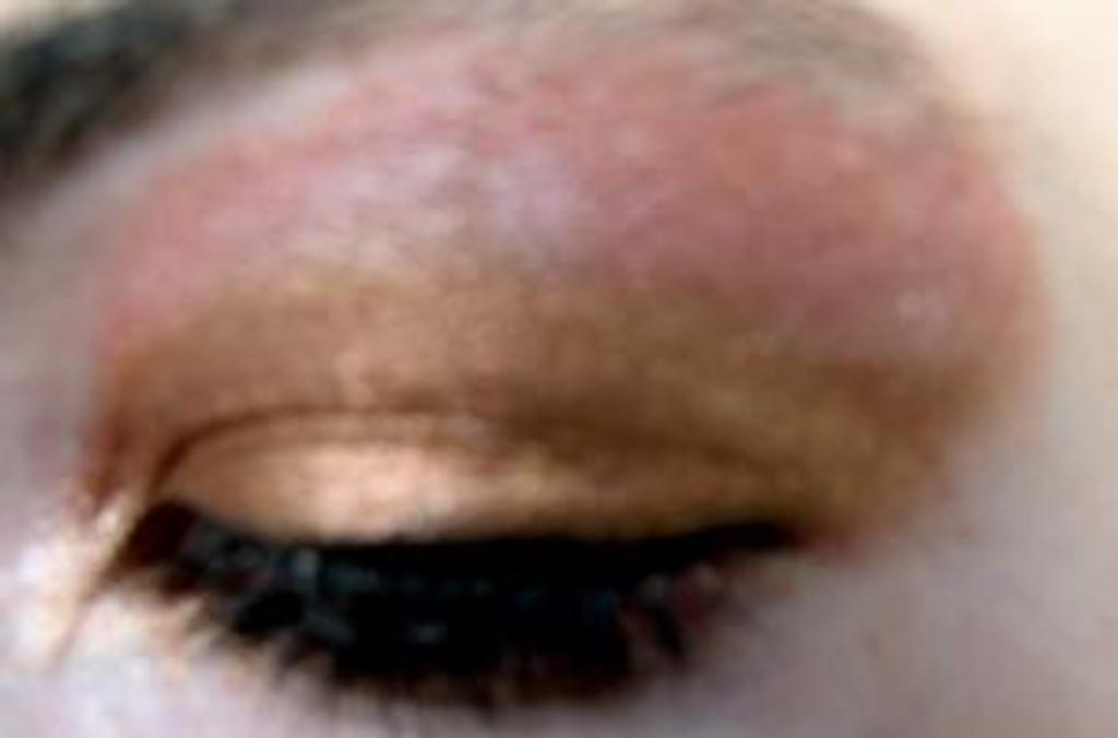 Pressed Vegan Mineral Eyeshadow - Warm Honey