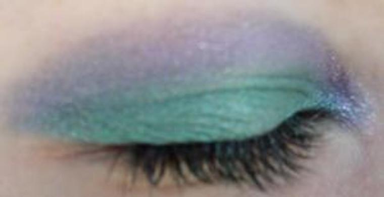 Pressed Vegan Mineral Eyeshadow - Mermaids Choice